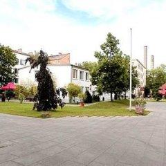 Hotel Die Schule парковка