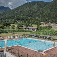 Отель Val Rendena Village Пинцоло бассейн