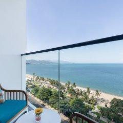 Отель Citadines Bayfront Nha Trang балкон