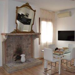 Отель Residence Ai Carmini Hotel Италия, Венеция - отзывы, цены и фото номеров - забронировать отель Residence Ai Carmini Hotel онлайн комната для гостей фото 5