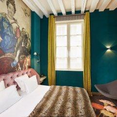 Отель Hôtel du Petit Moulin комната для гостей фото 5