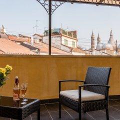 Отель Basilica Sant'Antonio at 100 meters Италия, Падуя - отзывы, цены и фото номеров - забронировать отель Basilica Sant'Antonio at 100 meters онлайн балкон