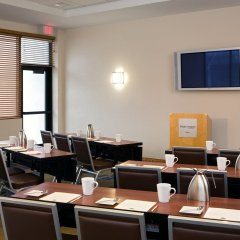 Отель Four Points by Sheraton Bangor США, Бангор - отзывы, цены и фото номеров - забронировать отель Four Points by Sheraton Bangor онлайн помещение для мероприятий фото 2