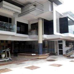 Отель Adwoa Wangara балкон