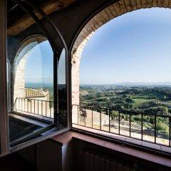 Отель B&B Palazzo Tortoli Италия, Сан-Джиминьяно - отзывы, цены и фото номеров - забронировать отель B&B Palazzo Tortoli онлайн балкон