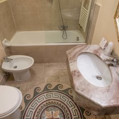 Paris Hotel ванная
