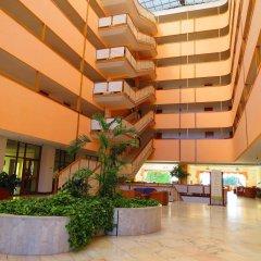 Отель Alfamar Beach & Sport Resort интерьер отеля