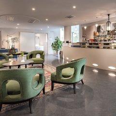 Отель Savoia Hotel Rimini Италия, Римини - 7 отзывов об отеле, цены и фото номеров - забронировать отель Savoia Hotel Rimini онлайн гостиничный бар