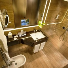 Отель Cavour Италия, Милан - 3 отзыва об отеле, цены и фото номеров - забронировать отель Cavour онлайн ванная фото 2