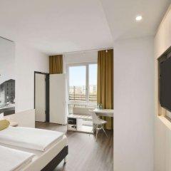 Отель Super 8 Munich City West комната для гостей