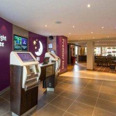 Отель Premier Inn London St.Pancras Великобритания, Лондон - отзывы, цены и фото номеров - забронировать отель Premier Inn London St.Pancras онлайн интерьер отеля