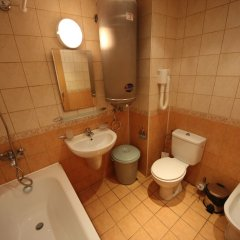 Отель Menada Oasis Resort Apartments Болгария, Солнечный берег - отзывы, цены и фото номеров - забронировать отель Menada Oasis Resort Apartments онлайн ванная фото 2