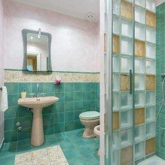 Отель Superior 5 BD & BR Apt in Vatican Area ванная фото 2