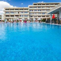 Отель DAS Club Hotel Sunny Beach - All Inclusive Болгария, Солнечный берег - отзывы, цены и фото номеров - забронировать отель DAS Club Hotel Sunny Beach - All Inclusive онлайн бассейн
