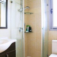 Отель Luxury With Stunning View And Parking Рамат-Ган ванная