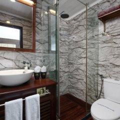 Отель Halong Glory Cruise ванная фото 2
