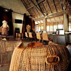 Отель Le Meridien Bora Bora интерьер отеля