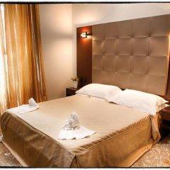 Hotel DEste сейф в номере