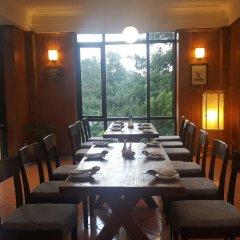 Отель The Fort Resort Непал, Нагаркот - отзывы, цены и фото номеров - забронировать отель The Fort Resort онлайн питание