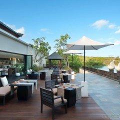 Отель Banyan Tree Ungasan гостиничный бар