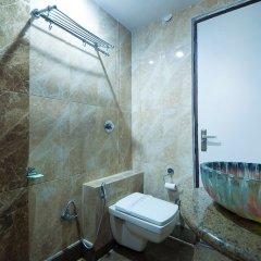 Отель Grand Plaza Индия, Нью-Дели - отзывы, цены и фото номеров - забронировать отель Grand Plaza онлайн ванная