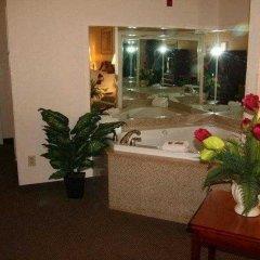 Отель Country Inn & Suites by Radisson, Midway, FL спа