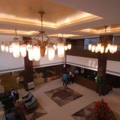 Отель Mapple Emerald New Delhi Индия, Нью-Дели - отзывы, цены и фото номеров - забронировать отель Mapple Emerald New Delhi онлайн интерьер отеля фото 2
