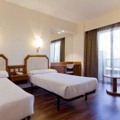 Отель Senator Barajas комната для гостей фото 2