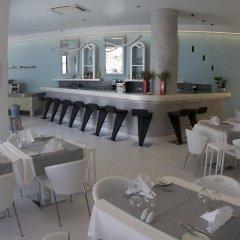 Отель La Mer Deluxe Hotel & Spa - Adults only Греция, Остров Санторини - отзывы, цены и фото номеров - забронировать отель La Mer Deluxe Hotel & Spa - Adults only онлайн питание