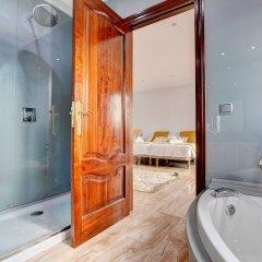 Отель Arabella - Villa con piscina Испания, Пальма-де-Майорка - отзывы, цены и фото номеров - забронировать отель Arabella - Villa con piscina онлайн ванная