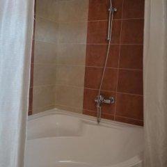 Отель Guesthouse Opal Болгария, Равда - отзывы, цены и фото номеров - забронировать отель Guesthouse Opal онлайн ванная