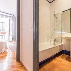 Отель Plaza Santa Ana Apartment Испания, Мадрид - отзывы, цены и фото номеров - забронировать отель Plaza Santa Ana Apartment онлайн ванная