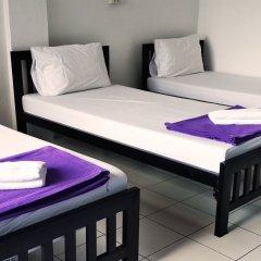 De Talak Hostel Бангкок комната для гостей