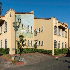 Casa Conde Hotel & Suites парковка