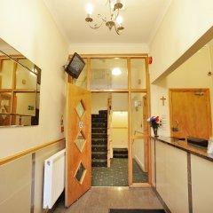 Отель Elmwood Hotel Великобритания, Лондон - отзывы, цены и фото номеров - забронировать отель Elmwood Hotel онлайн интерьер отеля фото 2
