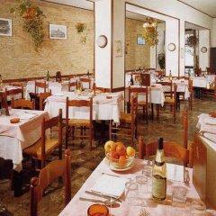 Отель Pensione Delfino Azzurro Лорето питание фото 2