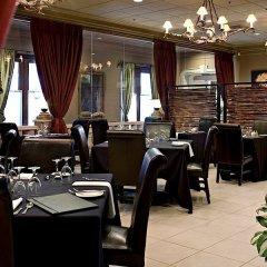 Отель Carriage House Inn Канада, Калгари - отзывы, цены и фото номеров - забронировать отель Carriage House Inn онлайн питание фото 3