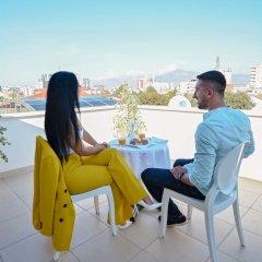 Отель Alis Hotel Албания, Шкодер - отзывы, цены и фото номеров - забронировать отель Alis Hotel онлайн балкон