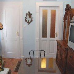 Апартаменты Central Square Apartments комната для гостей