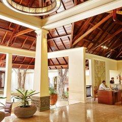 Отель Shanti Maurice Resort & Spa интерьер отеля