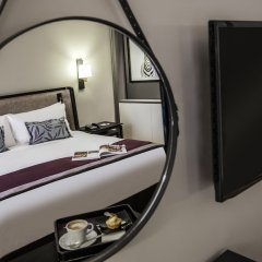 AVANI Gaborone Hotel & Casino Габороне сейф в номере