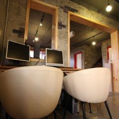 Отель Mr.Comma Guesthouse - Hostel Южная Корея, Сеул - отзывы, цены и фото номеров - забронировать отель Mr.Comma Guesthouse - Hostel онлайн интерьер отеля фото 3