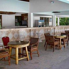 Отель The Gardenia Resort гостиничный бар