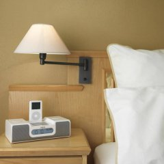 Отель Four Points by Sheraton Brussels сейф в номере