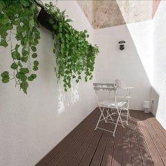 Отель Design Tailor Made Flat Лиссабон балкон
