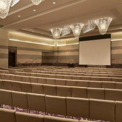 Отель Hilton Capital Grand Abu Dhabi интерьер отеля фото 3
