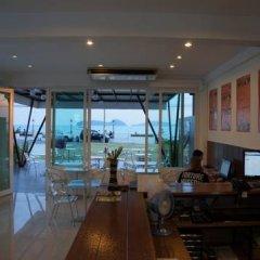 Отель The Chalet Panwa & The Pixel Residence Таиланд, Пхукет - отзывы, цены и фото номеров - забронировать отель The Chalet Panwa & The Pixel Residence онлайн интерьер отеля