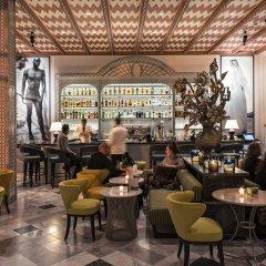 Отель Mama Испания, Пальма-де-Майорка - 1 отзыв об отеле, цены и фото номеров - забронировать отель Mama онлайн гостиничный бар