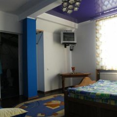 Гостиница Kolyba Opryshkiv Хуст фото 2