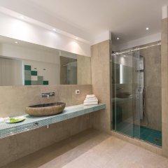 Отель Santorini Secret Suites & Spa ванная фото 3